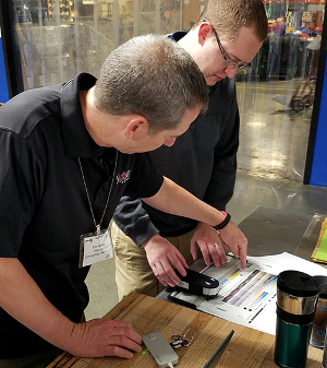 Hub Labels Grows Business with Color Control Training from Nazdar